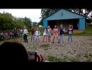 Танец в лагере