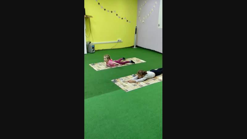 Занятия по танцевальной акробатике.