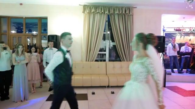 Перший танець- Богдан та Лілія