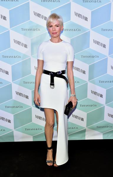 Мишель Уильямс в белом