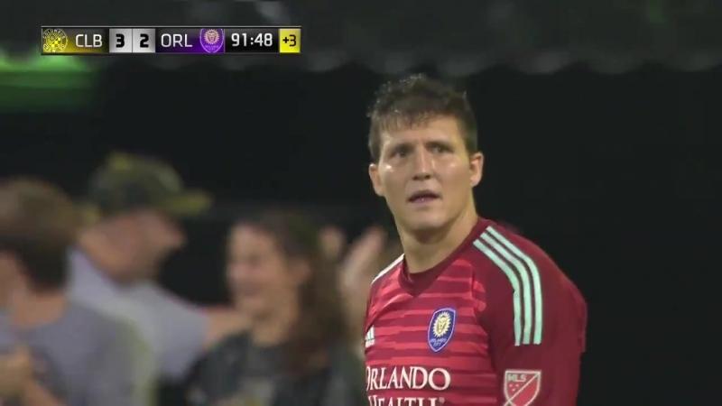Невероятный победный гол на последней минуте встречи