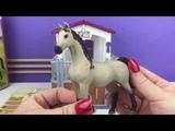 Schleich Horse Club Horse Stall with Arabien Mare and Foal and Groom - ToyUnicorn
