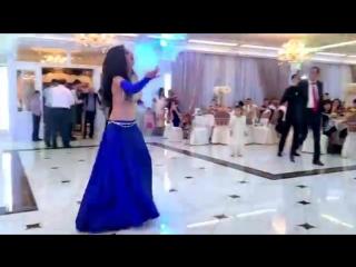 девушка_зажгла_на_тое._восточный_танец._belly_dancer.mp4