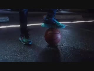 Billie Eilish in the promotional video for Nike Air Max 720 X Finishline