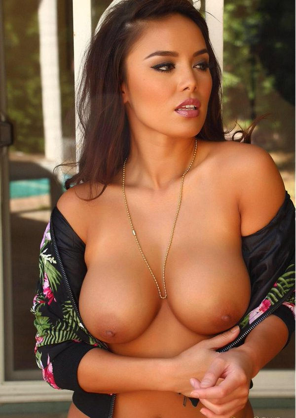 naked-women-pornstars-with-big-boobs