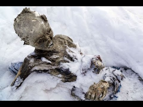 Everest Dead bodies on Mt Everest A film by Sherpa team in Nepal