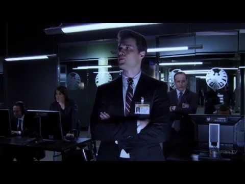 Директор Фьюри инсценировал вашу смерть, чтобы расшевелить Мстителей? | Агенты Щ.И.Т. 1.01