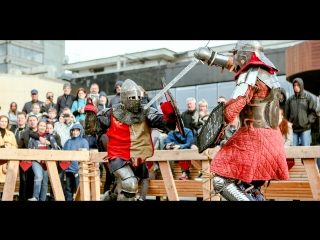 Историческое фехтование и средневековая ярмарка на Пушкинской площади