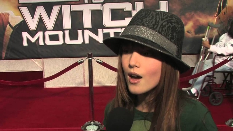 Race to Witch Mountain: Bella Thorne Premiere Exclusive Interview