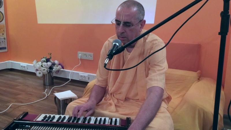 Niranjana Swami — Kirtan in Istanbul, Turkey — 8-Sep-2018