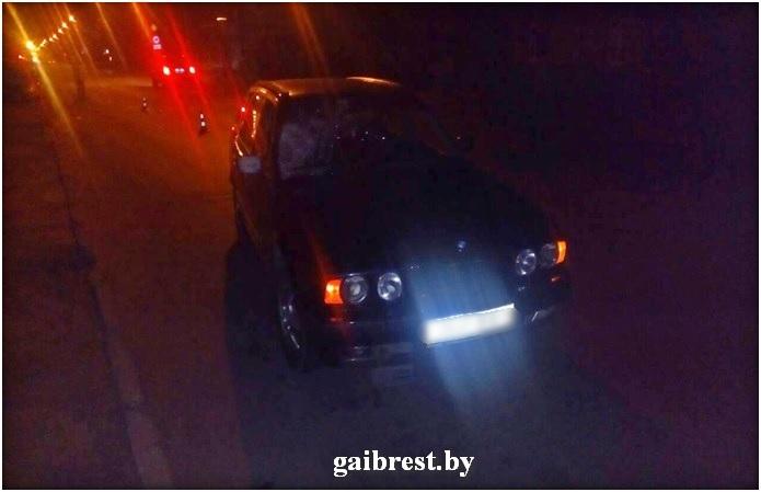 Барановичи: в результате ДТП пострадал необозначенный световозвращающим элементом пешеход