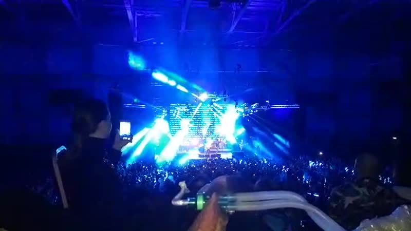 На рок концерте с аппаратом ИВЛ