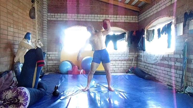 Силовая тренировка с гирями (32 и 16кг)