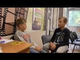 Дамир (10 лет), Михаил (12 лет). Говорим по-французски и по-английски
