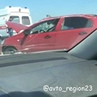 23 РЕГИОН Автопаблик Кубани on Instagram На Крымском мосту легковушка въехала в машину дорожной службы ДТП произошло 8 августа Как сообщает а
