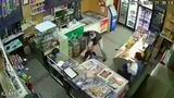 В Самаре задержали грабителя, напавшего с ножом на продавца магазина