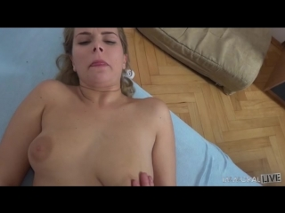 Nikky Dream Bounces Her Big Booty on a Boner Until She Squirts [All sex]