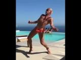 Танцули от Джанлукки Вакка 😏🔥