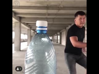 Bottle cap challenge по-кыргызски