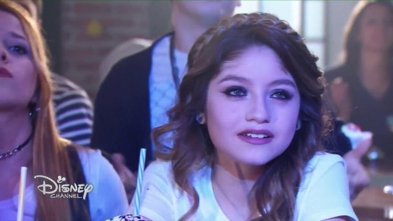 Soy Luna 3 - La Roller Band canta Tiempo de Amor (Momento musical)