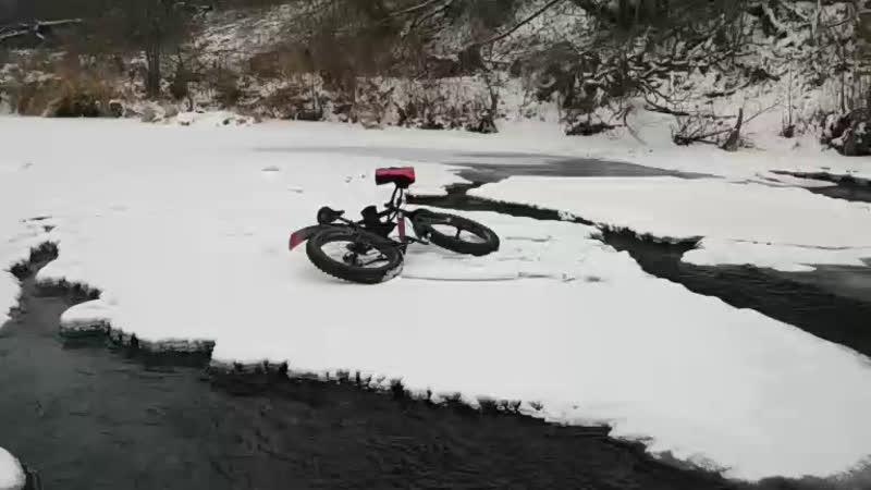 на фэте по льду.