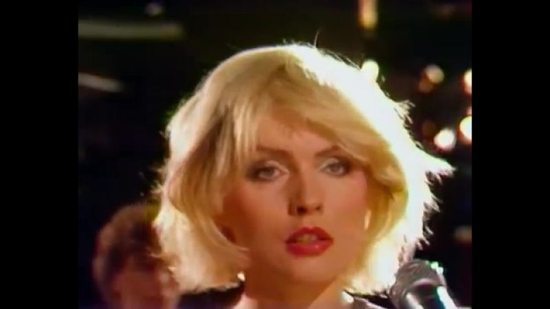 Дебби Харри — вокалист группы «Blondie».
