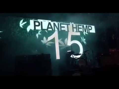 Planet Hemp detona Bolsonaro em show Diga não ao fascismo
