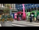 Агитация в Стокгольме. На площади в самом центре города специально выделили место для всех. Д