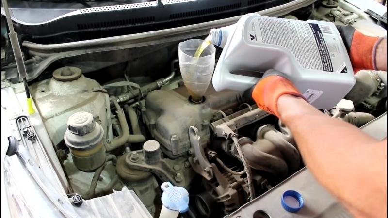 КИА РИО 1.6 замена масла в двигателе, воздушного и салонного фильтра