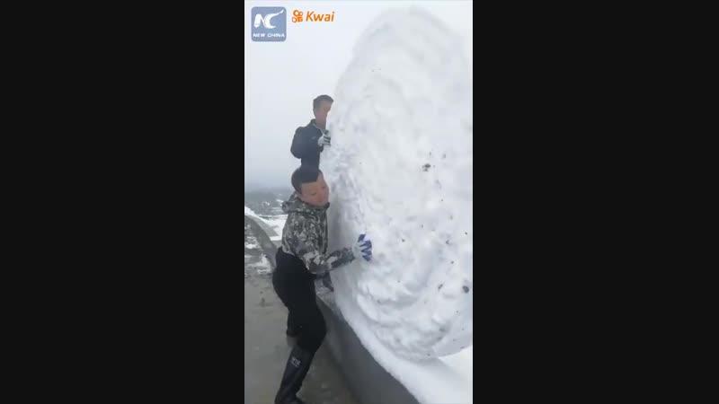 Полезный навык: Изготовление снежных рулонов