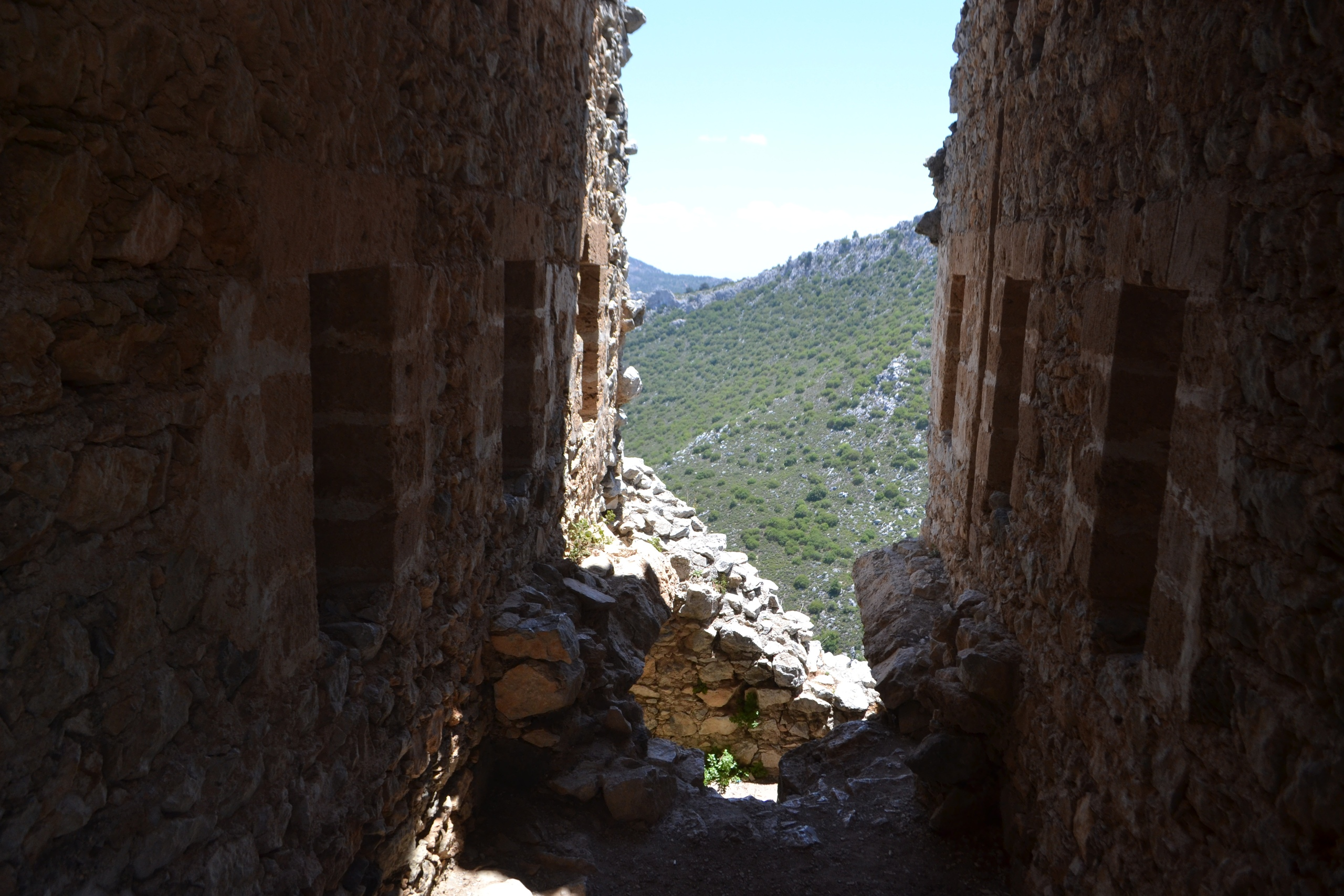 Северный Кипр. Замок Святого Иллариона. (фото). - Страница 3 HFpUN-QcLzs