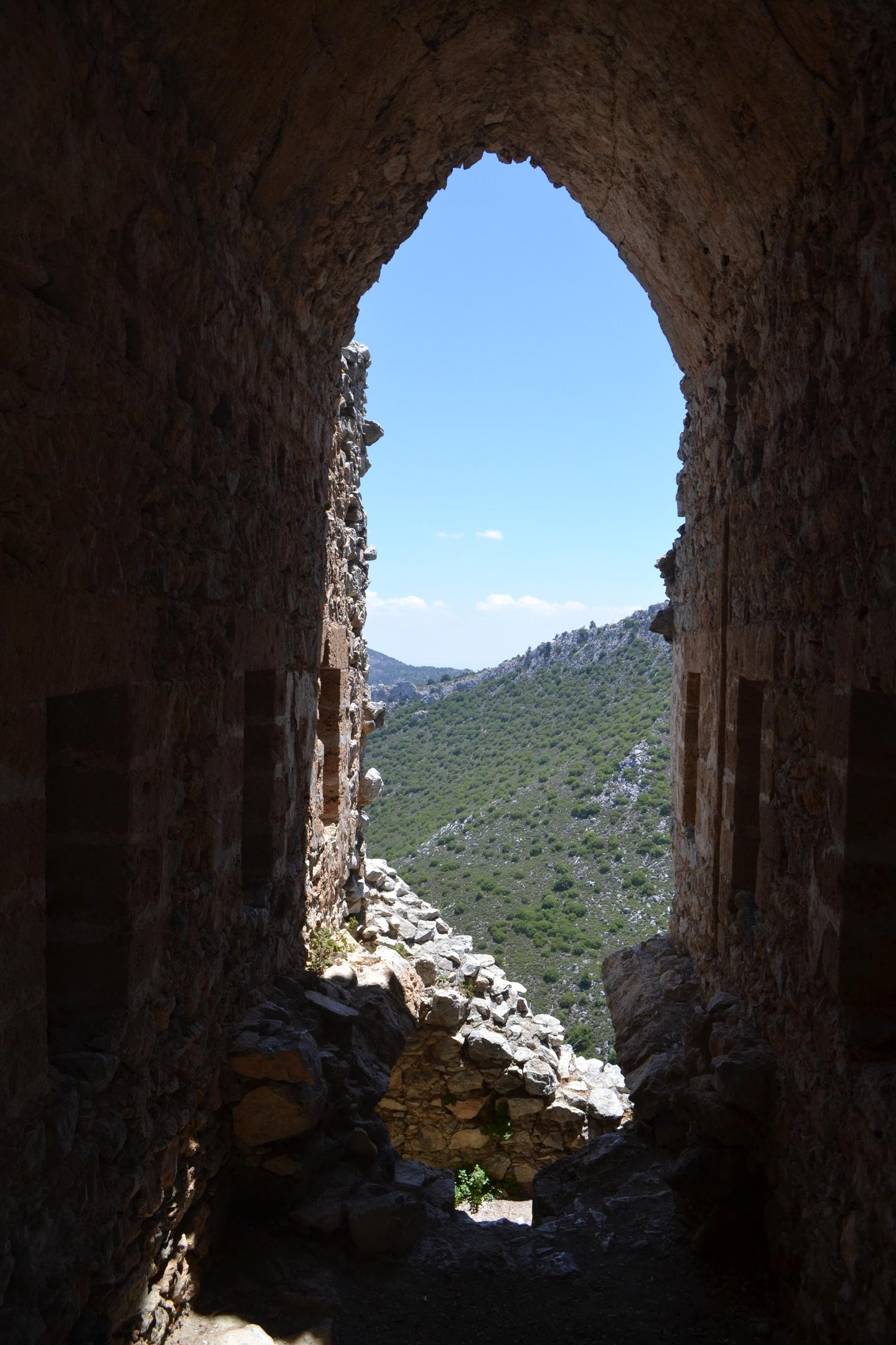 Северный Кипр. Замок Святого Иллариона. (фото). - Страница 3 0XVbnhQ8WfE