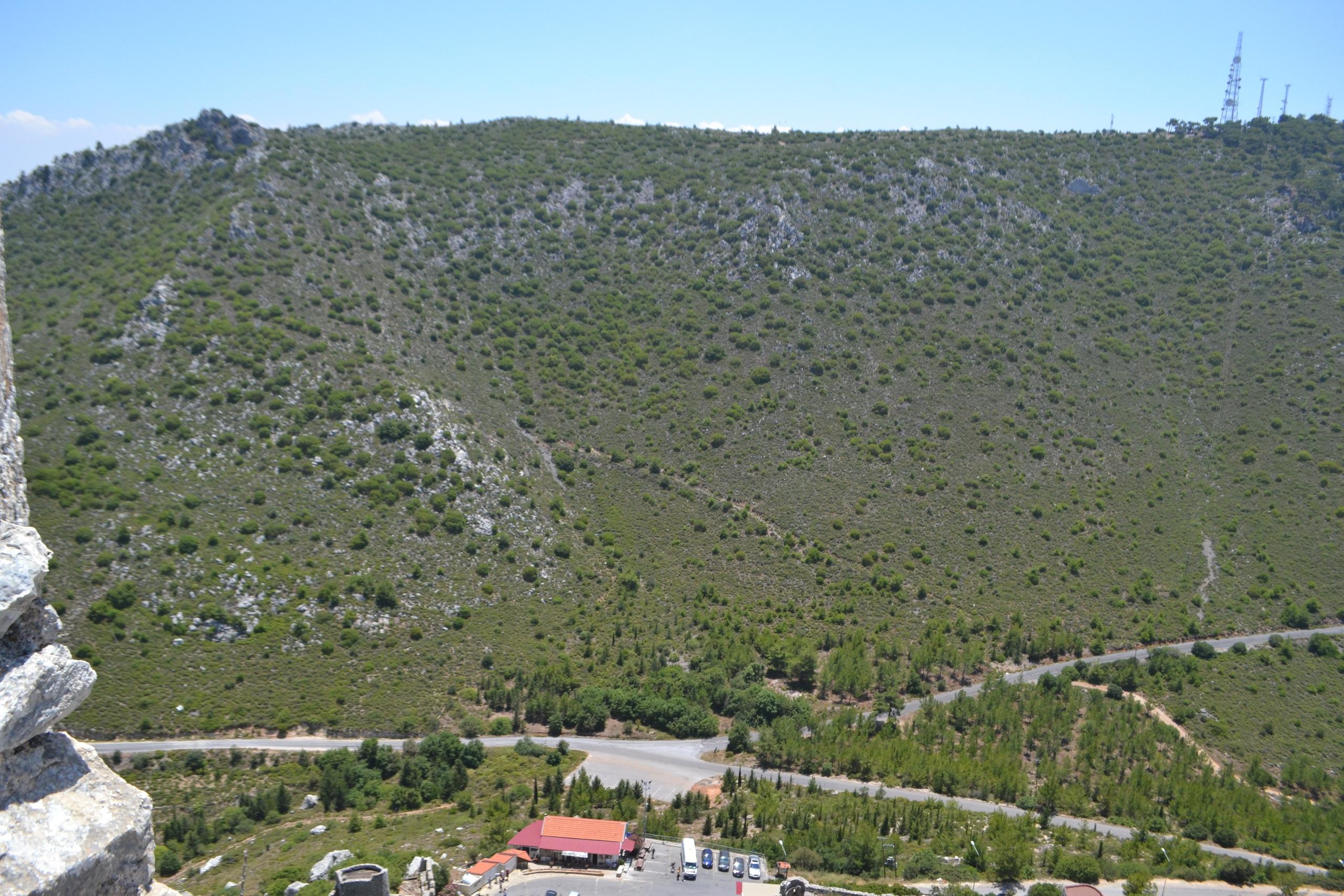 Северный Кипр. Замок Святого Иллариона. (фото). - Страница 3 LTD18-D06Iw