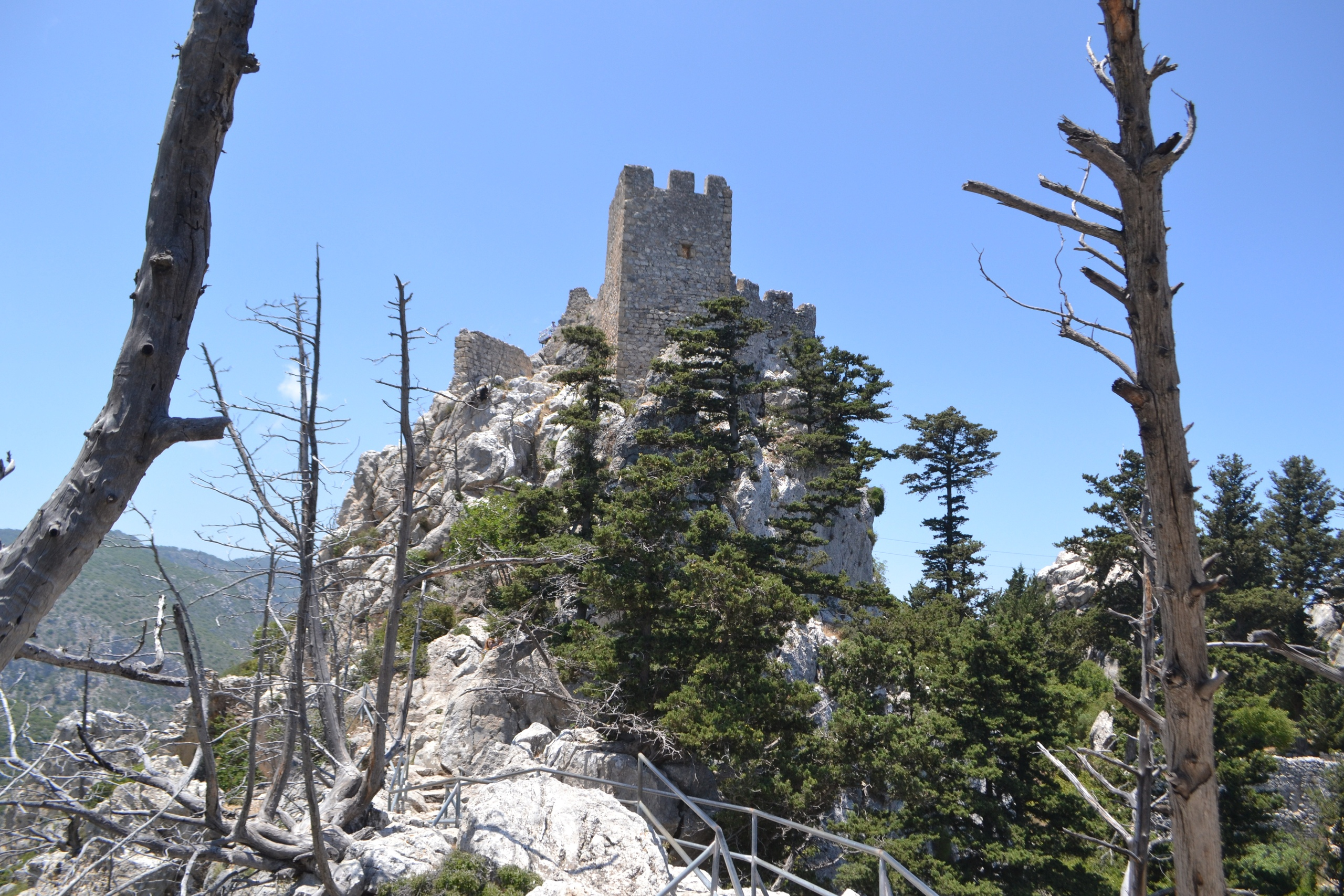 Северный Кипр. Замок Святого Иллариона. (фото). - Страница 3 VmHoeYZhg4o
