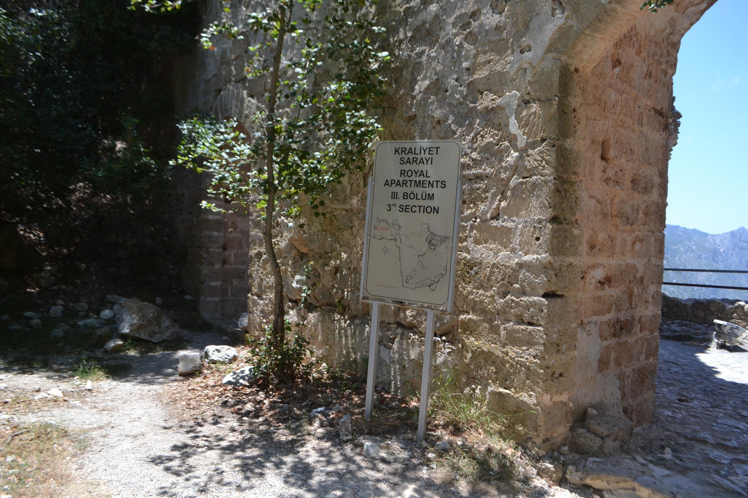 Северный Кипр. Замок Святого Иллариона. (фото). - Страница 3 BhWIWqexKXU