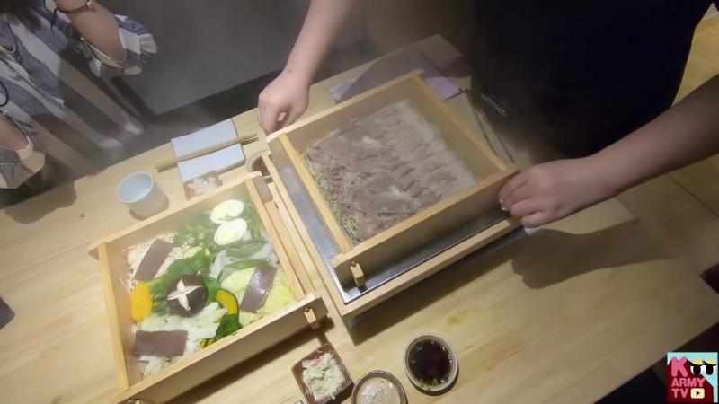 BTS 김석진이 형과 오픈한 레스토랑에 갔다왔어요! BTS Jin's Restaurant Experience!.mp4