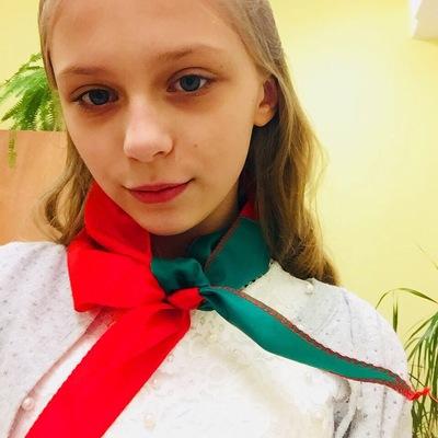 Оливия Котяновская