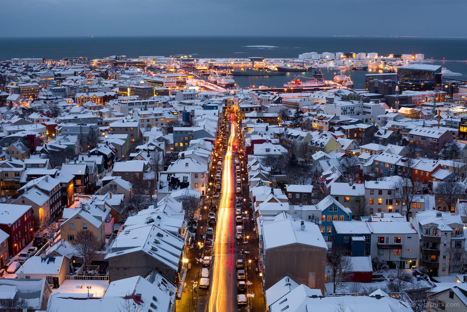 Вид на зимний Рейкьявик