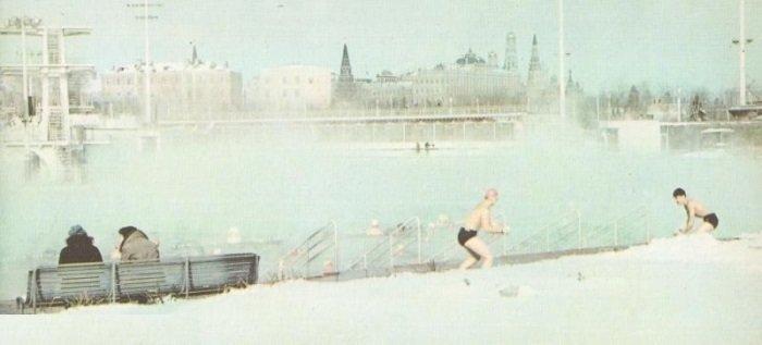 Самый большой бассейн в СССР, построенный на месте взорванного храма Христа Спасителя (6 фото)