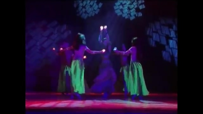 Fire magic belly dance oriental dance school of Amira Abdi 23351