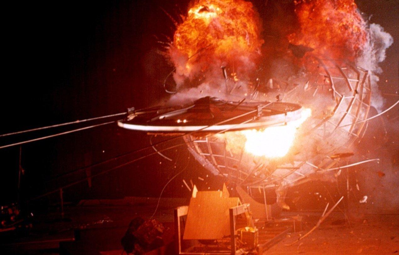 Фотографии со съемок фильмаЛюди в черном 1997 год
