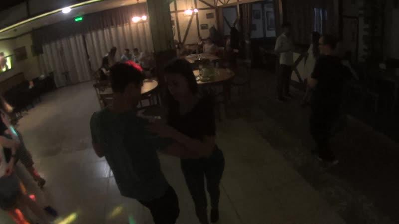 Кизомба. Танцуют Александр и Дарья
