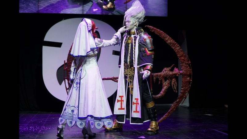 Trinity Blood cosplay Abel Nightroad and Esther Blanchett