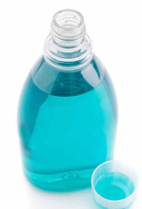 Фтор используется для лечения декальцинации зубов.