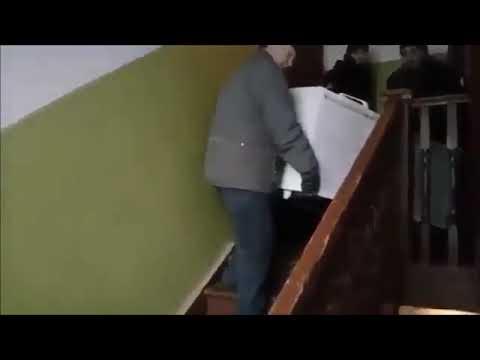Фашисты из ФССП РФ отнимают имущество у ветерана ВОВ.