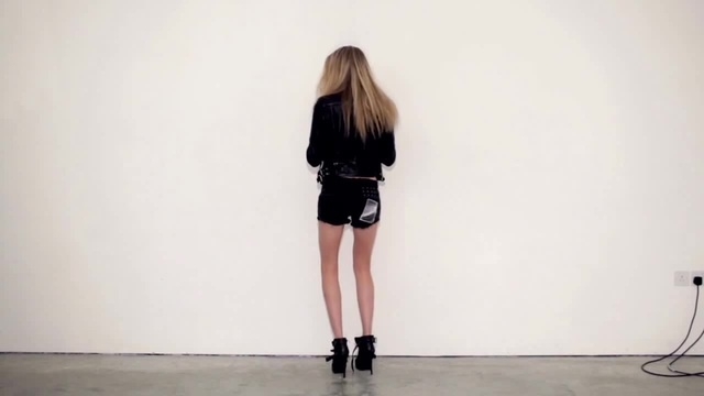 """Director's Cuts: Cara Delevingne in """"Cara"""" by Matthew Donaldson - NOWNESS"""