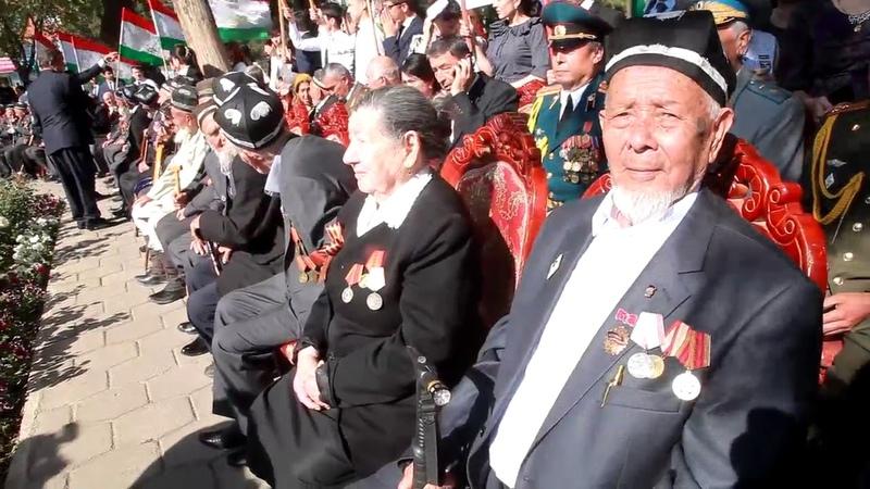 Таҷлили бошукӯҳи 73-юмин солгарди Рӯзи Ғалаба дар шаҳри Хуҷанд