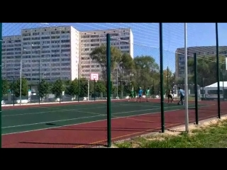 На спортивной площадке НИБФ