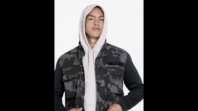 Мужская куртка с камуфляжным принтом