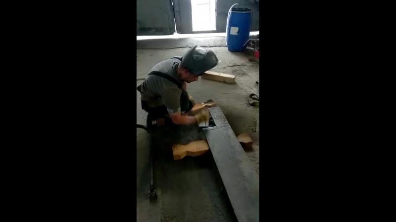 На работе режу плазмой